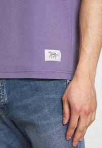 Tiger of Sweden - OLAF - T-shirt basique - purple air - 6