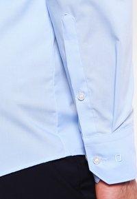 OLYMP - OLYMP NO.6 SUPER SLIM FIT - Formal shirt - hellblau - 4