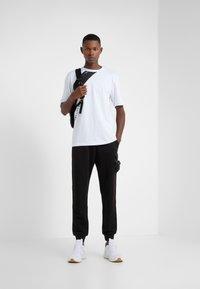 Damir Doma - TIES - Print T-shirt - white - 1