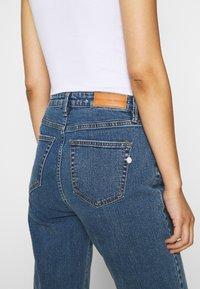 Pieszak - BRENDA MOM NOTTING HILL - Slim fit jeans - denim blue - 3
