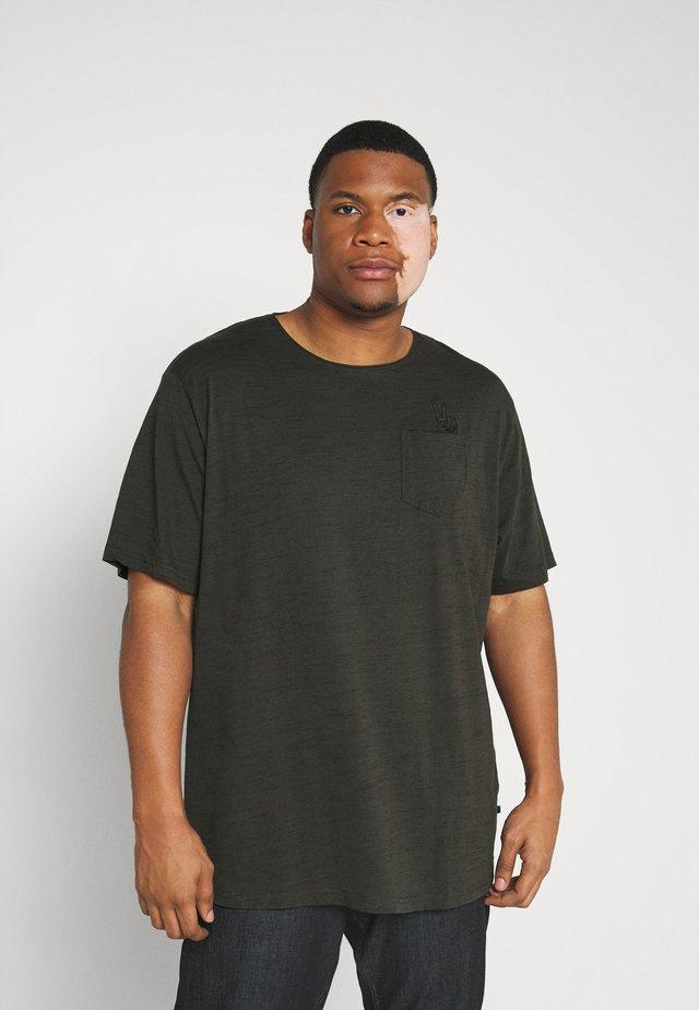 RAW EDGE TEE SPEZIAL - T-shirts basic - army