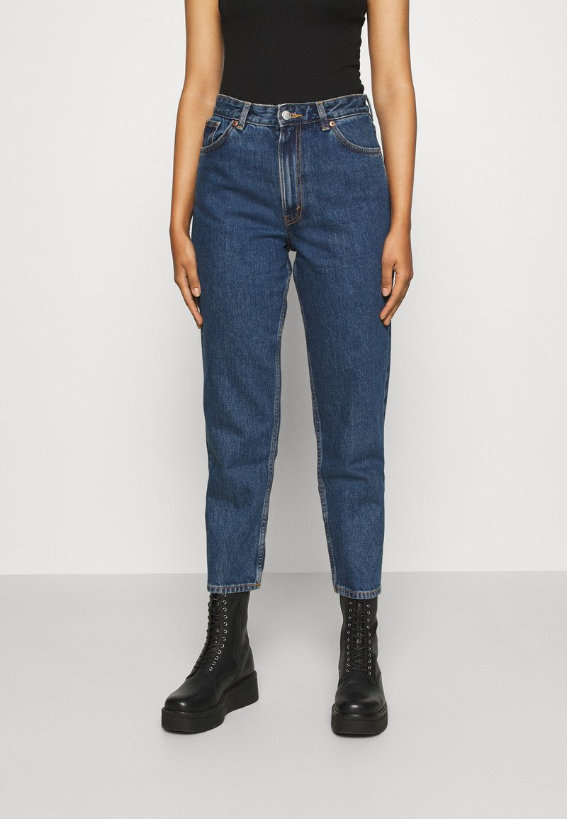 Monki - TAIKI LA LUNE - Straight leg jeans - blue medium dusty