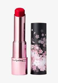 MAC - BLACK CHERRY GLOW PLAY LIP BALM - Lip balm - fleur welcome - 0