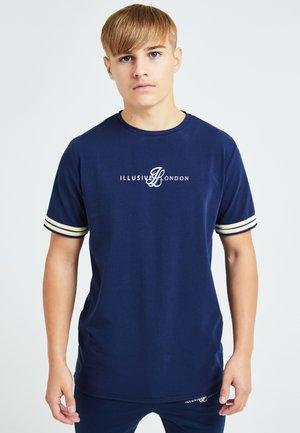 ILLUSIVE LONDON - Print T-shirt - navy & cream