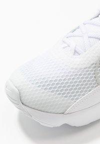 Nike Sportswear - AIR MAX 2090 - Sneaker low - white/black/wolf grey/pure platinum - 2