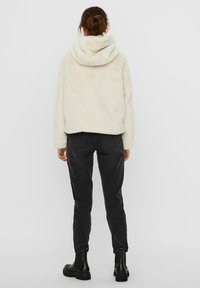 Vero Moda - Winter jacket - birch - 2