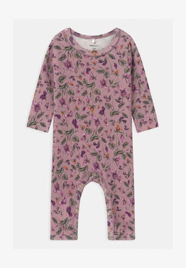NBFRIHNE - Pyjamaser - deauville mauve