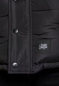 Sixth June - SHORT PUFFER JACKET HOOD - Winter jacket - black - 6