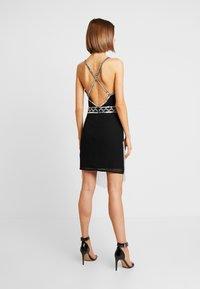 Missguided - EMBELLISHED FRINGED MINI DRESS - Koktejlové šaty/ šaty na párty - black - 3