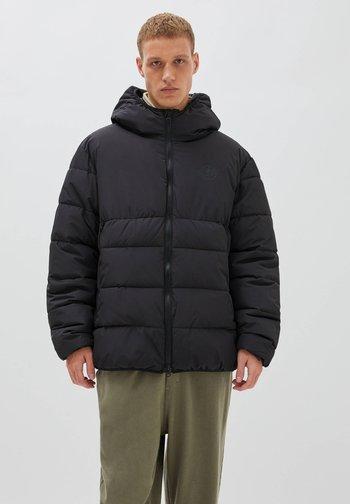BASIC - Winter jacket - black