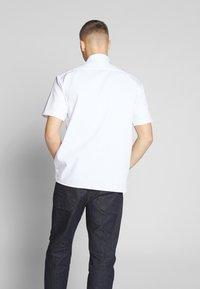 Dickies - SHORT SLEEVE WORK - Shirt - white - 2