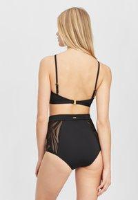 O'Neill - Bikini top - black out - 1