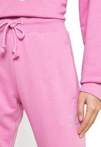 adidas Originals - OPEN HEM  - Tracksuit bottoms - bliss orchid - 4