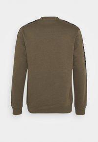 Reebok - TAPE CREW - Sweatshirt - army green - 1