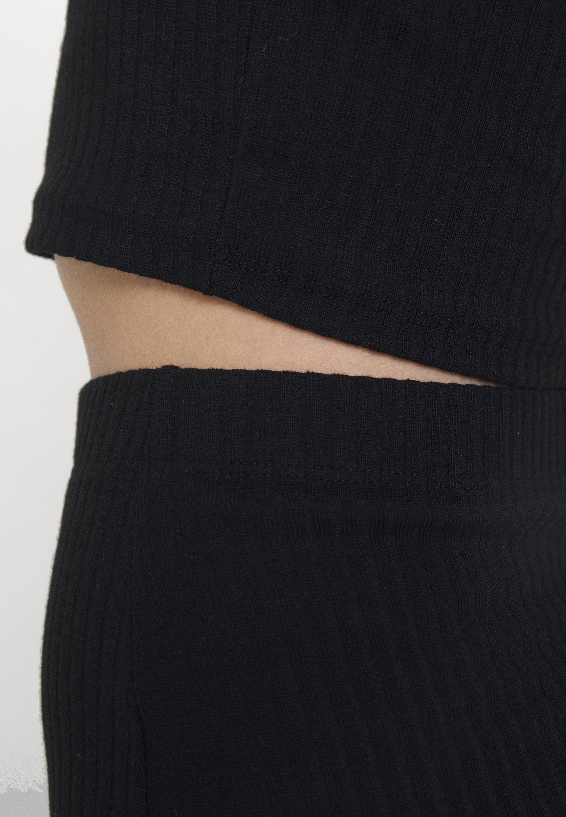 Femme ONLNELLA HIGH NECK SKIRT SET - Débardeur