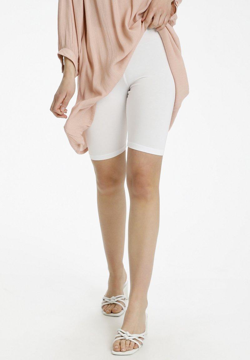 Kaffe - KASELMA  - Shorts - optical white