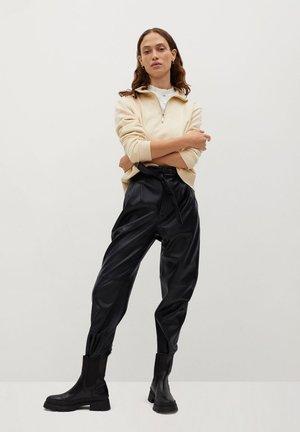 PLUM - Bukse - schwarz