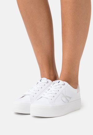 VULCANIZED FLATFORM LACEUP - Baskets basses - bright white