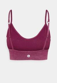 Cotton On Body - LIFESTYLE SEAMLESS V NECK  - Light support sports bra - boysenberry wash - 1