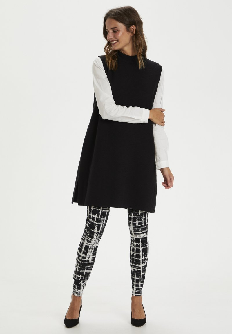 Kaffe - KAPAPPI  - Leggings - black/white stroke check