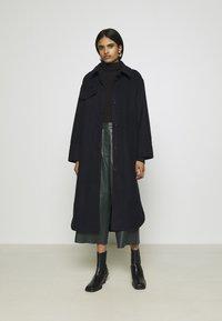 Weekday - BOEL COAT - Płaszcz wełniany /Płaszcz klasyczny - navy - 1