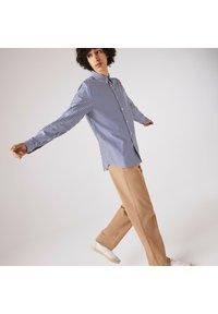 Lacoste - Shirt - weiß / blau - 3
