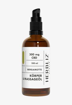HERBLIZ BERLIN CBD MASSAGE OIL BERGAMOT - Body oil - -