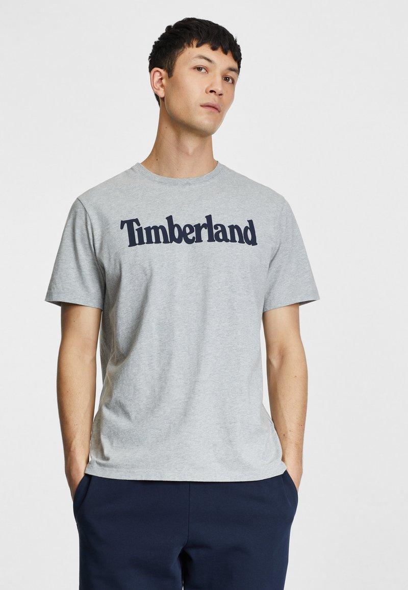 Timberland - KENNEBEC RIVER LINEAR TEE - Print T-shirt - medium grey heather