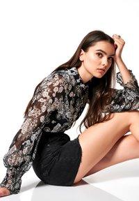 DESOTO - GELFREI - Button-down blouse - dunkelblau - 4