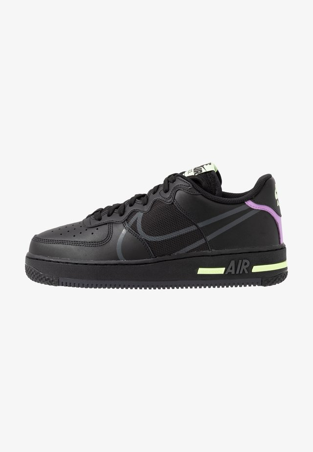 AIR FORCE 1 REACT - Matalavartiset tennarit - black/anthracite/violet star/barely volt/university red