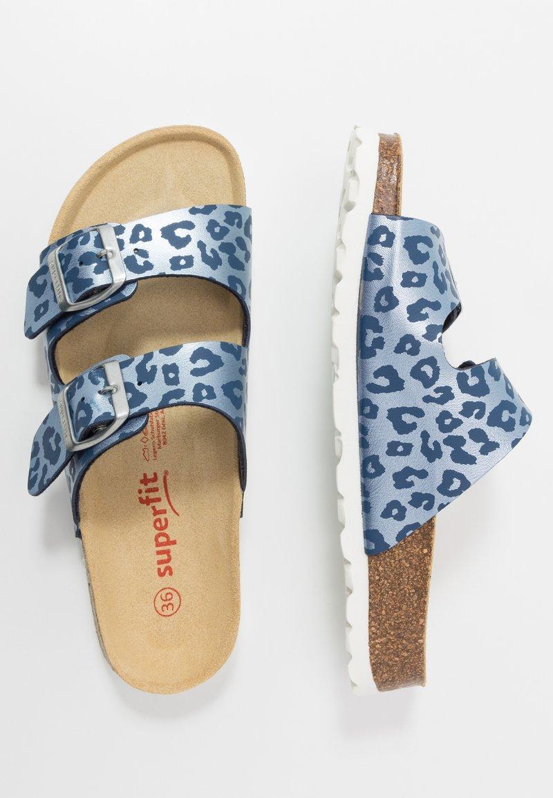 Superfit - FUSSBETTPANTOFFEL - Slippers - blau