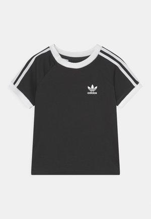 3 STRIPES TEE UNISEX - T-shirt con stampa - black/white