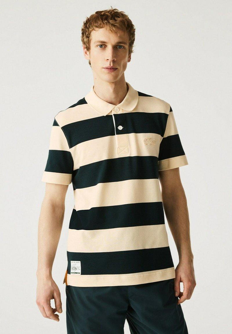 Lacoste - Polo shirt - beige / vert fonce