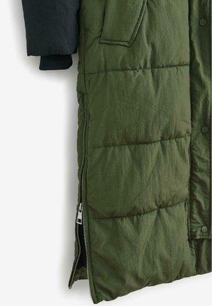 EMMA WILLIS LONG  DUVET - Down coat - green