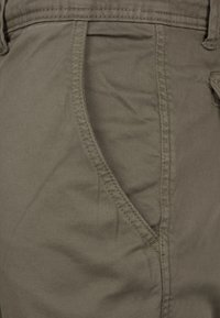Urban Classics - JOGGING - Cargo trousers - olive - 2