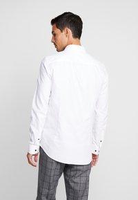Pier One - Kostymskjorta - white - 2