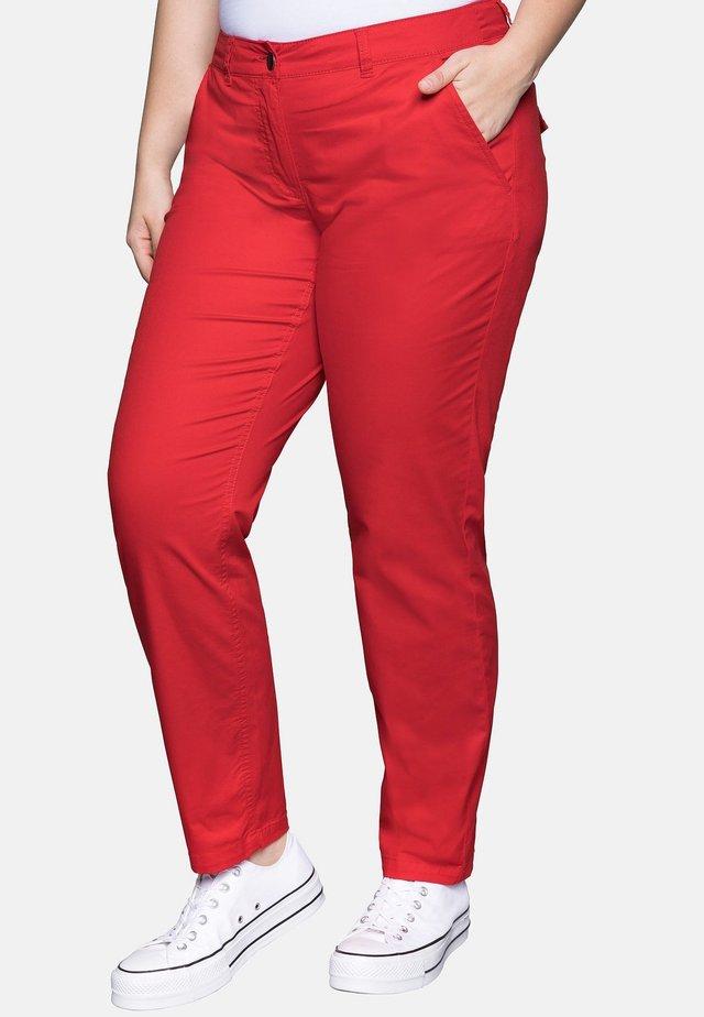 Trousers - poppy