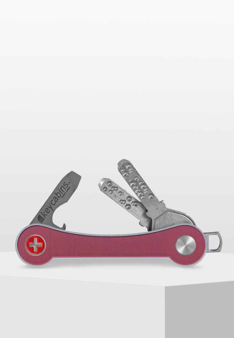 Keycabins - SWISS  - Keyring - pink-frame