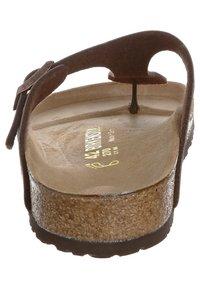 Birkenstock - GIZEH - T-bar sandals - mocca - 1