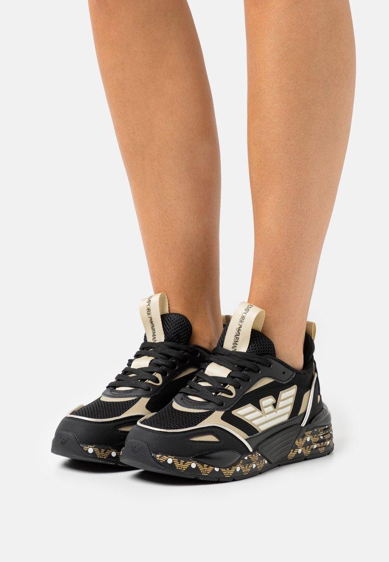 Emporio Armani - ACE RUNNER - Sneakers laag - black