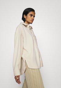 Monki - DIDO - Button-down blouse - beige dusty light - 3
