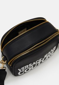 Versace Jeans Couture - CAMERA BAG  - Across body bag - nero - 3