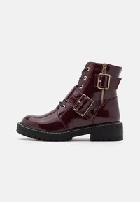 New Look - BUSY LACE UP CHUNKY - Lace-up ankle boots - dark red - 1