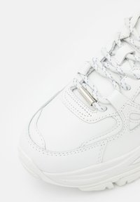 The Kooples - BASKETS AVEC GROSSE SEMELLE - Sneakers laag - offwhite - 5