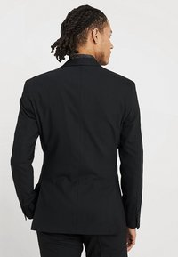 Isaac Dewhirst - BASIC PLAIN SUIT SLIM FIT - Suit - black - 3