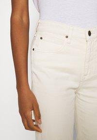 Lee - CAROL - Straight leg jeans - ecru - 4
