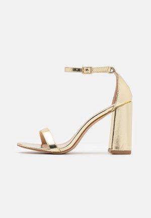 LORAINE - Sandaler med høye hæler - gold
