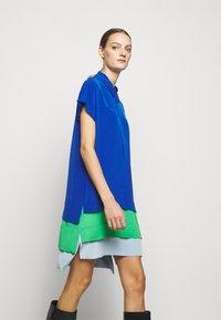 Diane von Furstenberg - Vapaa-ajan mekko - blue - 3