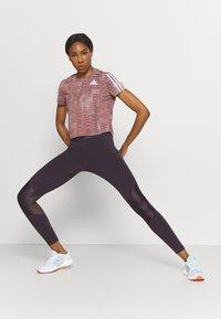 adidas Performance - TEE - Camiseta estampada - scarlet/white - 4