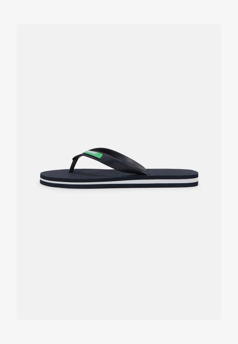 Benetton - ALOHA - Teenslippers - navy/white